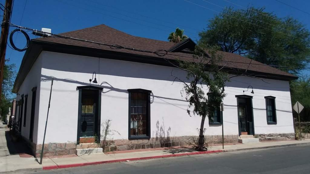 Example of Transformed Sonoran architecture in Tucson Barrio