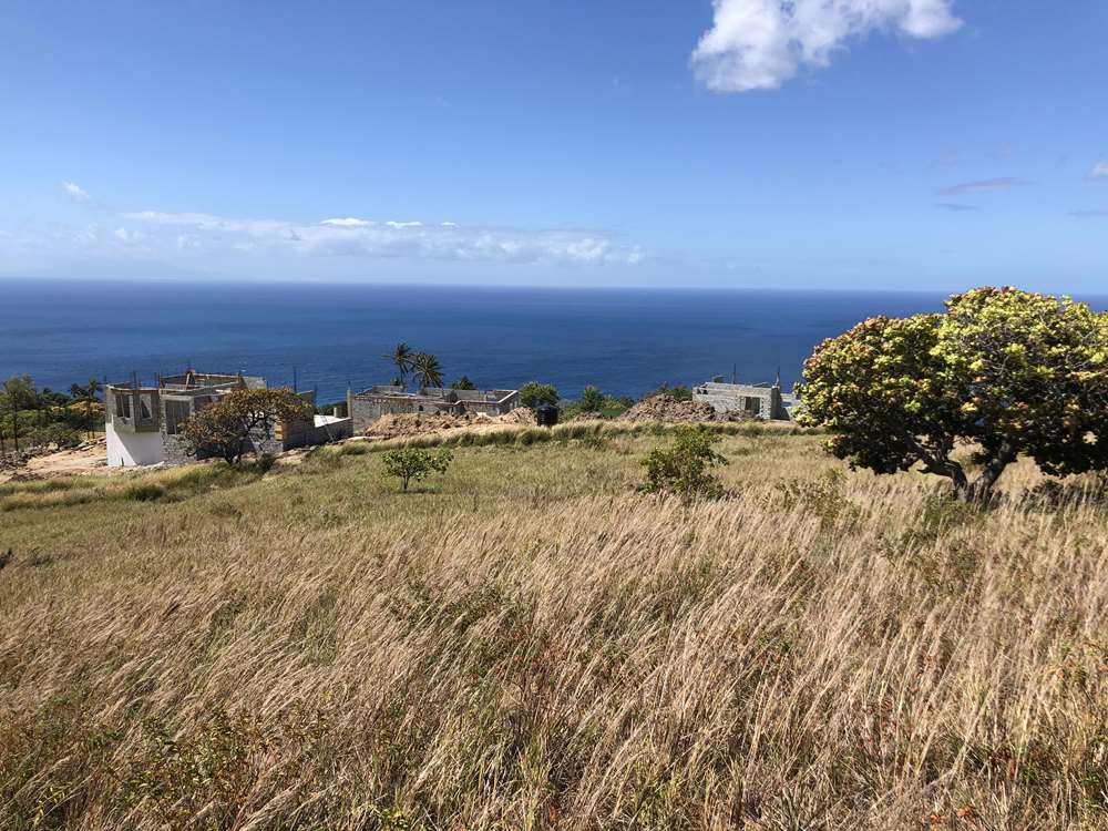 land for sale in choiseul delcer