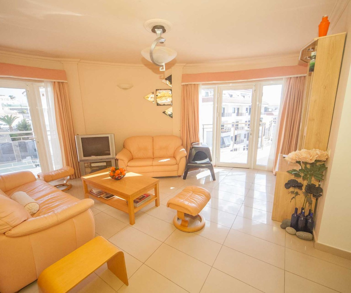Apartment Agency: Big Terrace Apartment + Parking In La Perla!!