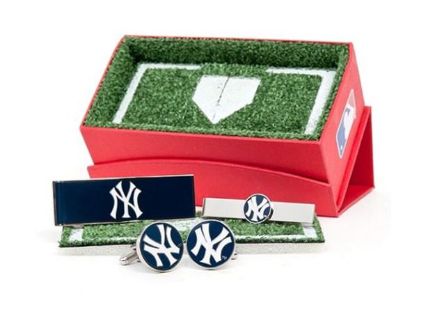 Macys-MLB CuffLinks