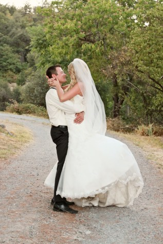 Trista & Chris by Foothill Photography on www.realweddingsmag.com 0