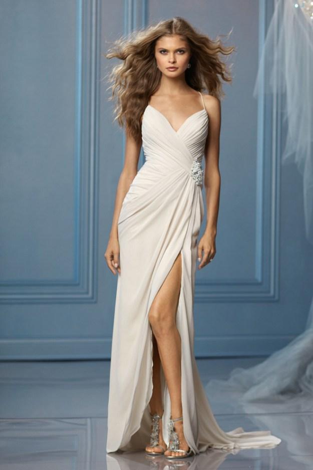 Sacramento Wedding Gowns: Dazzling Dresses {Embrace}