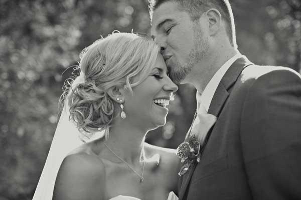 Featured Real Wedding: Kirsten & Ronald Tilton