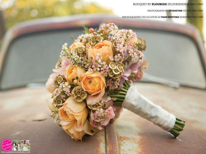 Sacramento_Weddings_RWS_Cover_Model-WS15-BOUQUETS-15