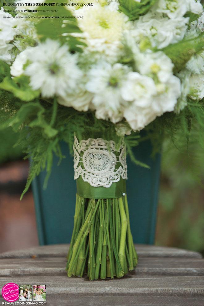 Sacramento_Weddings_RWS_Cover_Model-WS15-BOUQUETS-SINGLE-27