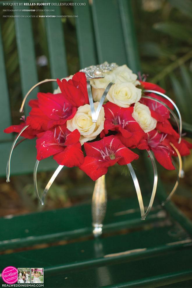 Sacramento_Weddings_RWS_Cover_Model-WS15-BOUQUETS-SINGLE-31