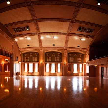 Sacramento Masonic Ballroom Wedding Venue - Real Weddings Magazine