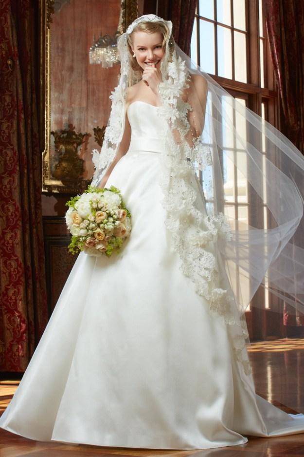 WTOO_Silva_House of Fashion_Sacramento Wedding Gowns