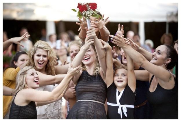2_Girls_20_Cameras_Real_Weddings_Sacramento_Wedding_Photographer-_0009