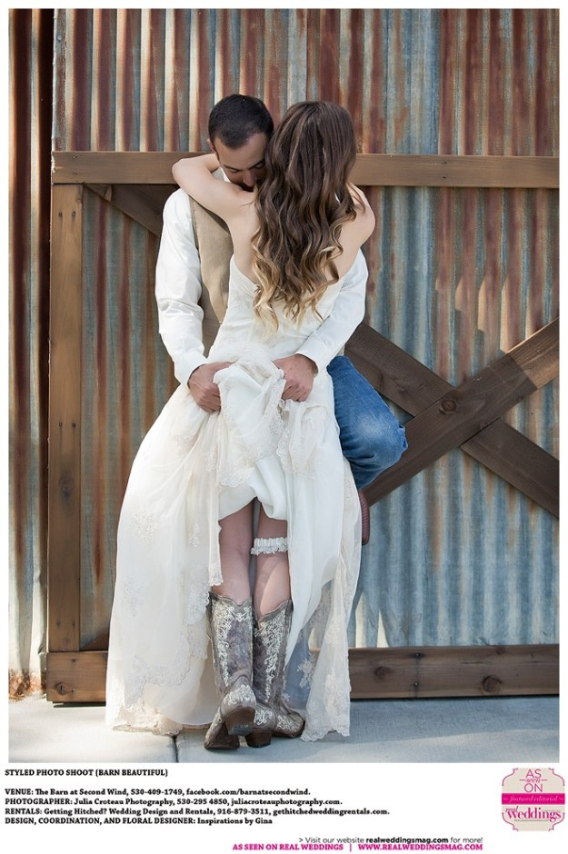 Sacramento_Wedding_Inspiration_Barn_Beautiful_0014