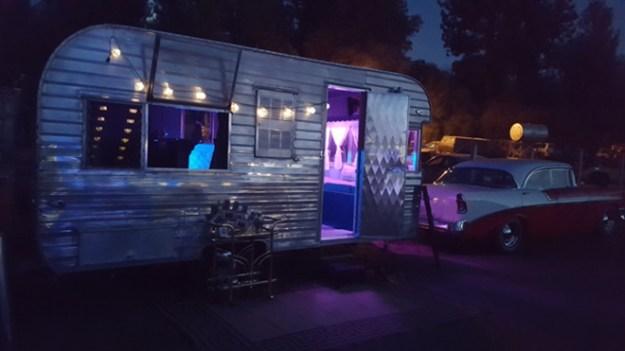Best Sacramento Wedding Trailer Bar Rental | Best Tahoe Wedding Trailer Bar Rental | Best Northern California Wedding Trailer Bar Rental | Best Mobile Bar | Vintage Trailer Rental