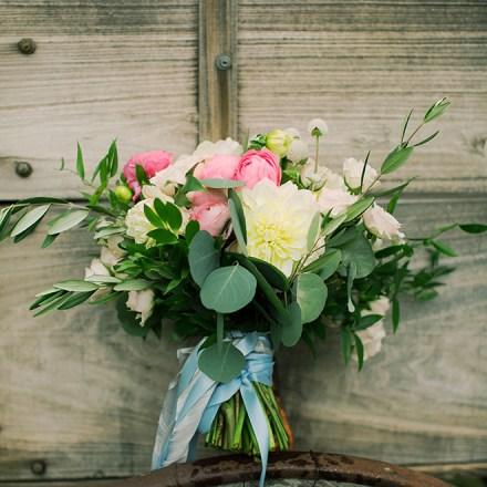 Garden of Weedon Designs Sacramento Wedding Florist Real Weddings Magazine