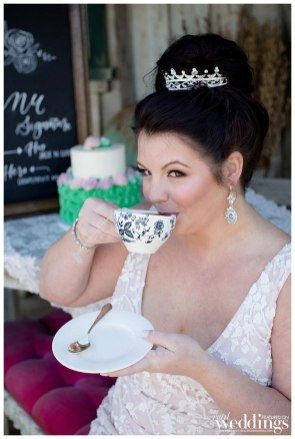 Erica-Baldwin-Photography-Sacramento-Real-Weddings-OneDressTwoWays-Layout_0010