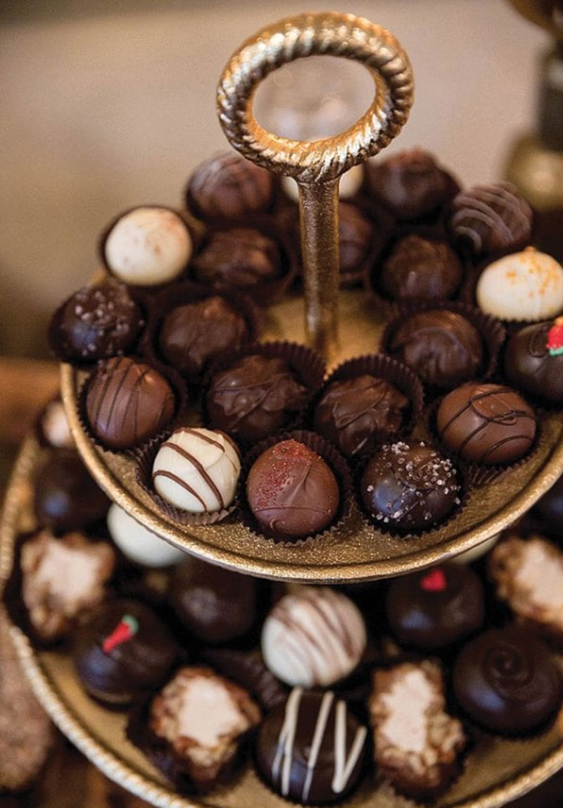 Real Weddings Magazine Special Offer Discount Capital Confections Chocolates Gelato Favors | Best Sacramento Tahoe Northern California Vendors