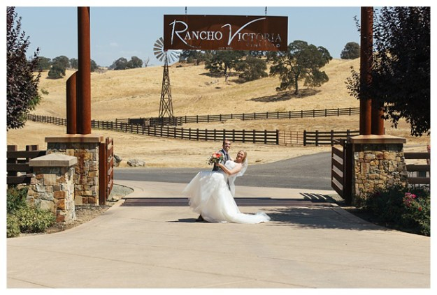 Plymouth Wedding | Real Weddings Wednesday | Rancho Victoria Vineyard | Lixxim Photography | Winery Wedding | Vineyard Wedding