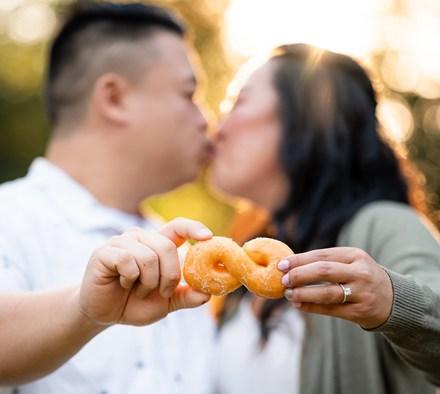 Sacramento Wedding Photographer | Lake Tahoe Wedding Photography | Northern California Wedding Photographer | Donuts at Weddings