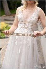 Hawk-Meadow-Studio-Sacramento-Real-Weddings-Magazine-Honey-Bee-Good-Layout-WM_0023