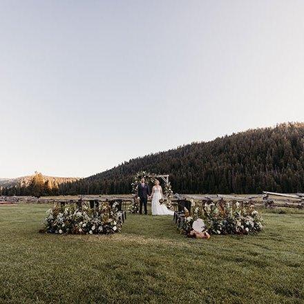 Liz Koston Highlands Ranch Resort Tan Weddings and Events Mountain Wedding Kylee Jared