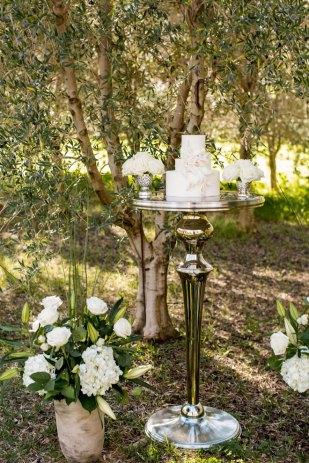 Capture-Create-Studios-Photography-Sacramento-Real-Weddings-Magazine-Taber-Ranch-Inspiration-11