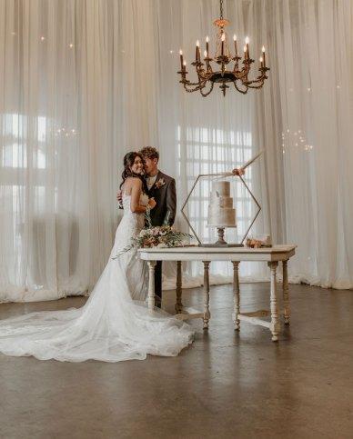 Geejers-Photography-Sacramento-Real-Weddings-Magazine-Willow-Ballroom-Inspiration-87