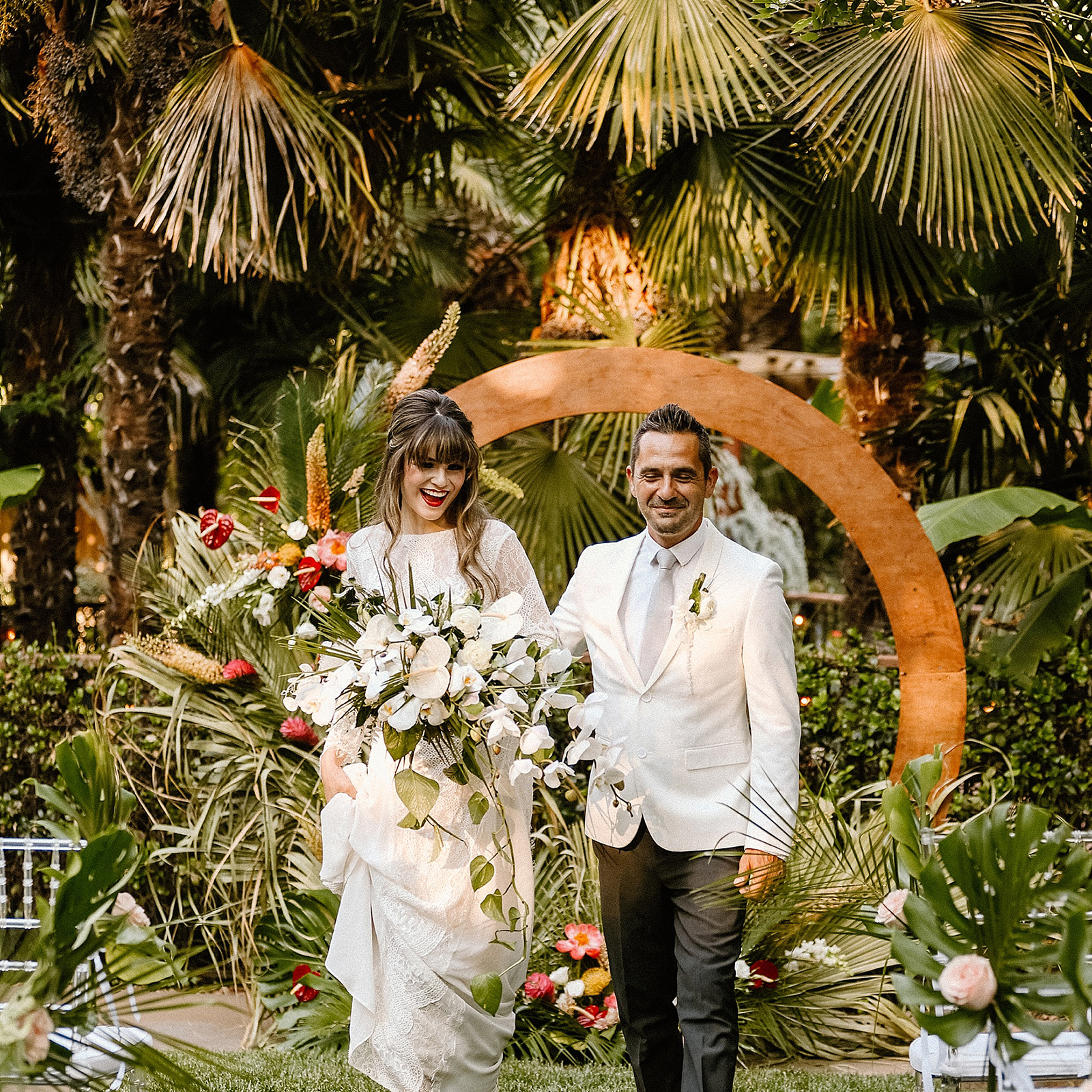 Katelyn-Bradley-Photography-Real-Weddings-Magazine-Sacramento-Tahoe-Chico-To-Have-and-To-Hold-Layout-FEATURED