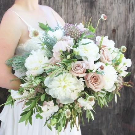 The Wild Olive-Sacramento-Tahoe Wedding Bridal Flowers