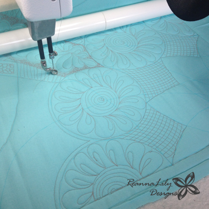 Whole Cloth Quilting Design Template | Skill Builder | Jen Eskridge | ReannaLilyQuilts.com