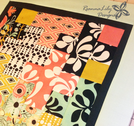 Plus Quilt Pattern - MINI QUILT | ReannaLily Designs | Jen Eskridge | Charm Pack