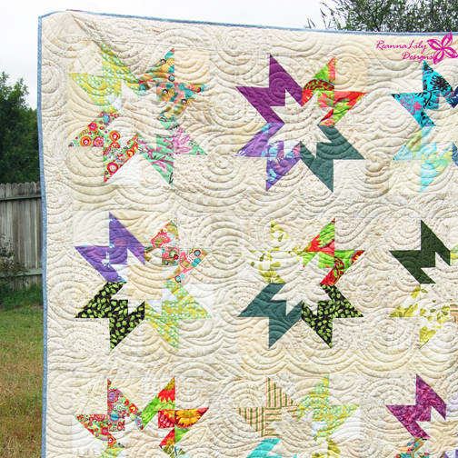 Rising Star Quilt Block | Low Volume Scrap Quilt by Jen Eskridge | ReannaLily Designs | ReannaLily Quilts
