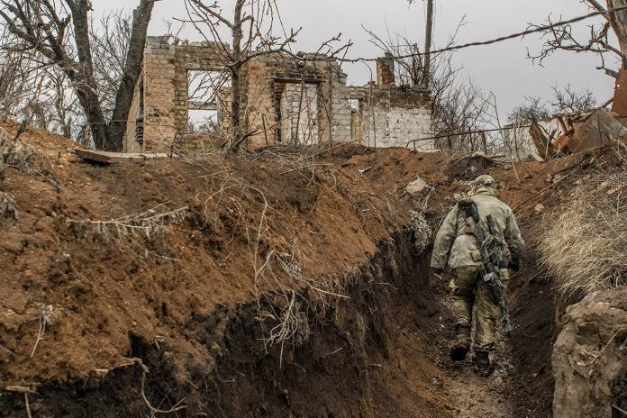 20 Epic Photos From Donetsk by War Photographer Guillaume Chauvin