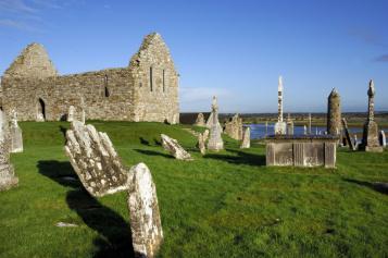 Claonmacnoise Monastery
