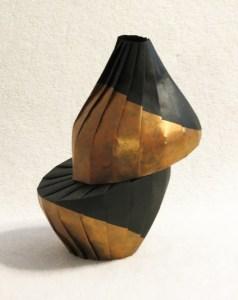 Gold diagonal shift vase