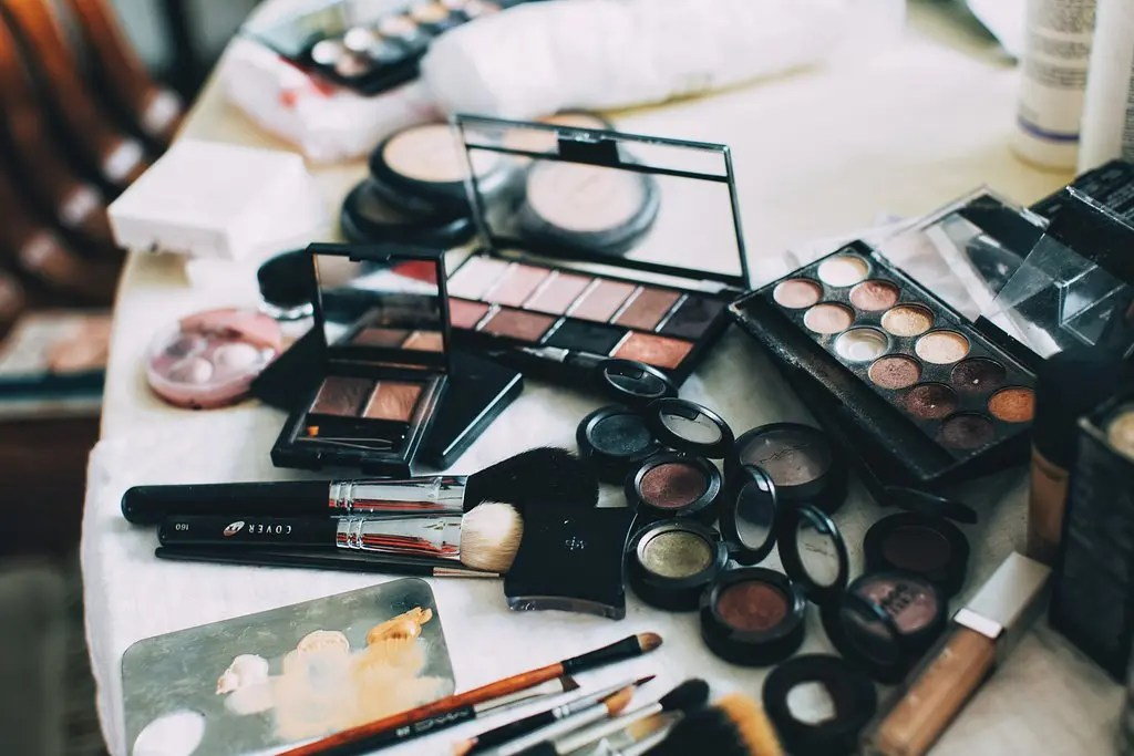 Bridal makeup and hair artist in Manchester and the North West