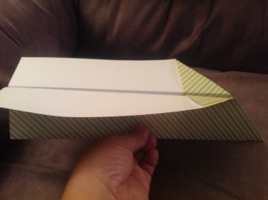 How to Make Simple Paper Airplanes