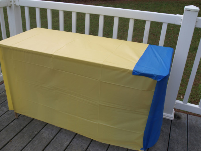 Minion Tablecloth blue and yellow