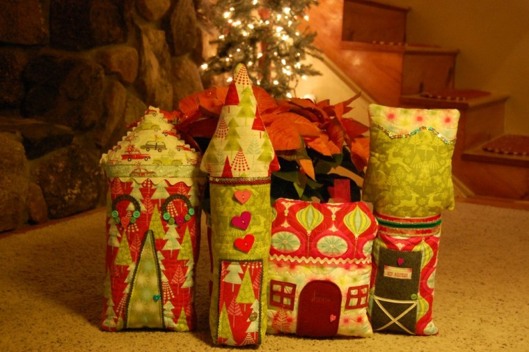 House Shaped Pillows Sewing tutorial