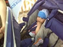Im Mehrfach-Kinderwagen