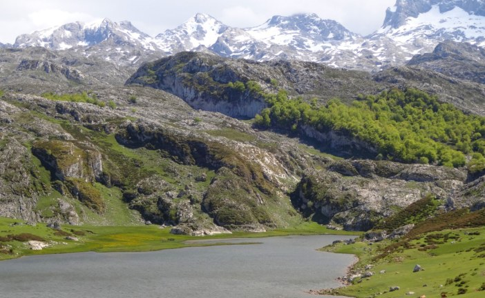 Hiking Around the Covadonga Lakes