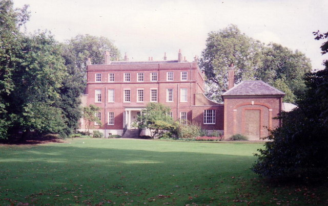 Bushy_House,_Bushy_Park_-_geograph.org.uk_-_362754.jpg