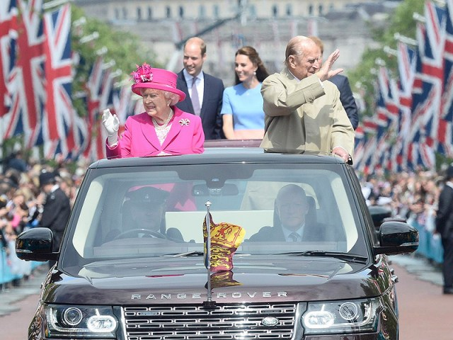 queen-car-1-800.jpg