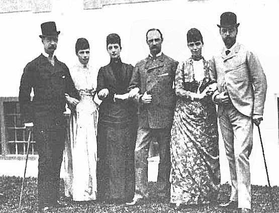 Their_parents'_Golden_Jubilee_in_1882