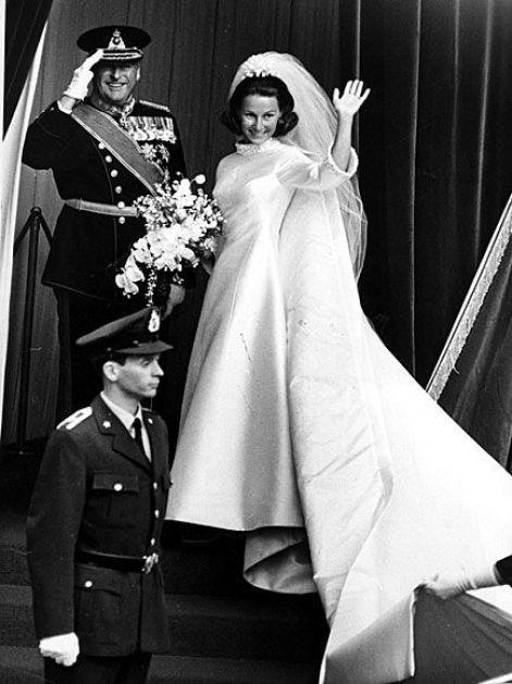 bbf9724a47f5215938bdd9dcc4522df1--norwegian-royalty-royal-weddings