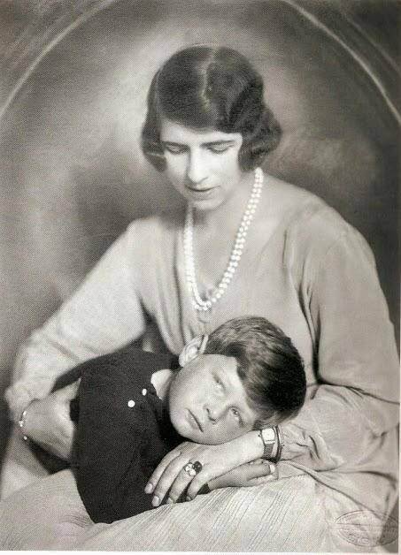 Sitta & Michael 1927