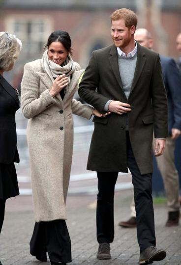smythe coat & burberry trousers