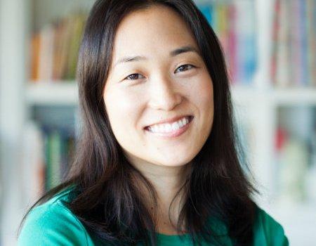 2020 Debut Book Feature: Mimi Lee Gets a Clue, Jennifer J. Chow