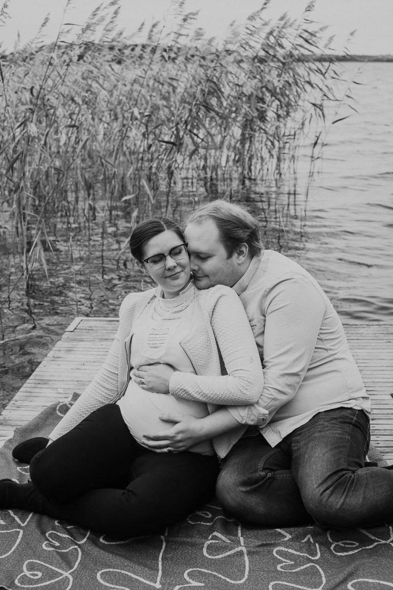 gravidfotografering, pregnancyshoot sweden, motherhood sweden, swedish winter, pregancyshoot winter, gravidfotografering vinter, gravidfotograf västerås