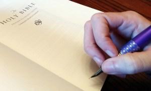 ESV Illuminated Bible pen test, fountain pen