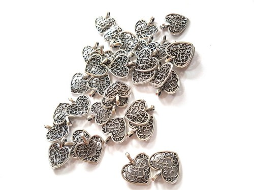 black love rasta string hoodiePack of 50 Heart Charms. 14mm x 16mm. Bronze or Silver Available. Gorgeous Metal Pendants for Jewellery. Perfect for Valentine's Day, Mother's Day and Weddings. 0.75mm thick. Filigree design. Metal Alloy.