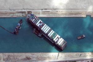 Golems et chimères à Suez