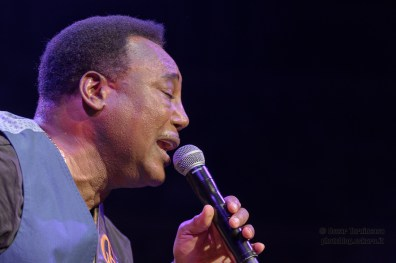 George Benson live in London photos © by Oscar Tornincasa http://photoblog.oskaro.it for www.rebelrebelmusic.com